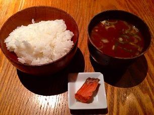 ご飯と味噌汁.jpg