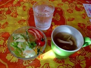 サラダとスープ.jpg