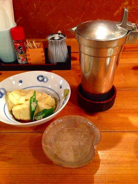 モロコシ豆腐と錫チロリ.jpg