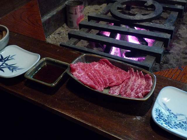 会津坂下の馬刺.jpg