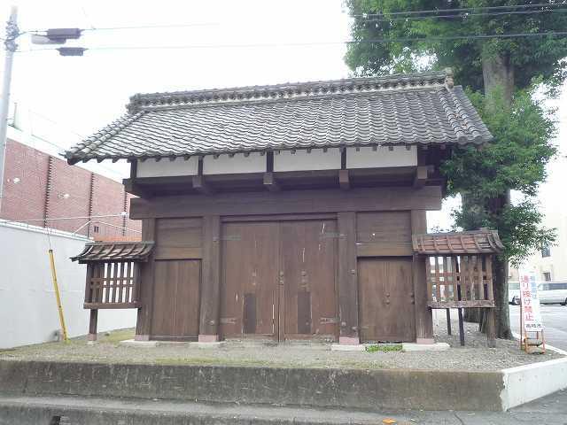 吉井陣屋門3.jpg