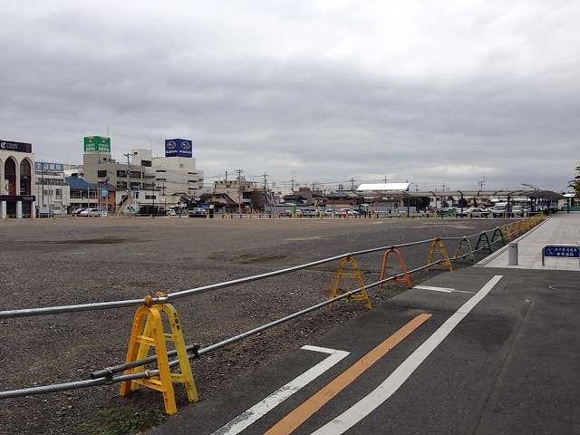 太田駅前北口広場2.jpg