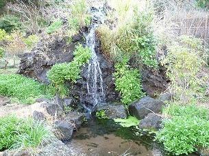 小さな滝.jpg
