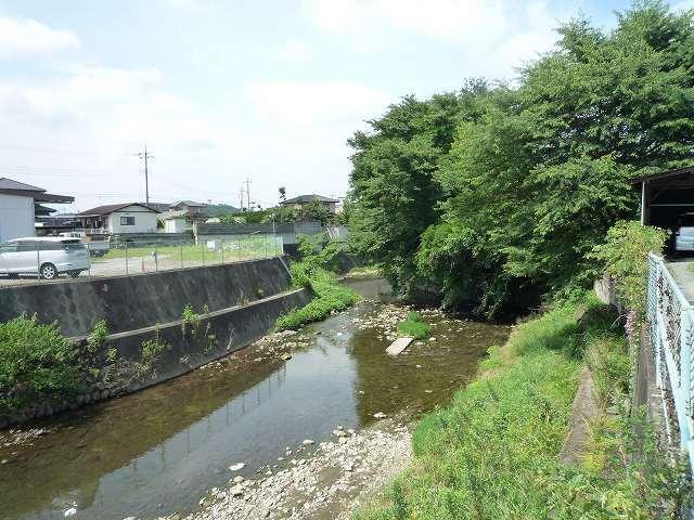 川に面している2.jpg