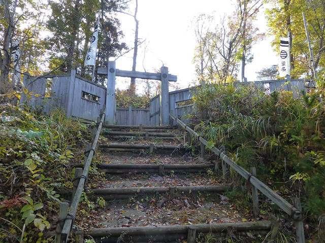 滑る階段を上る.jpg