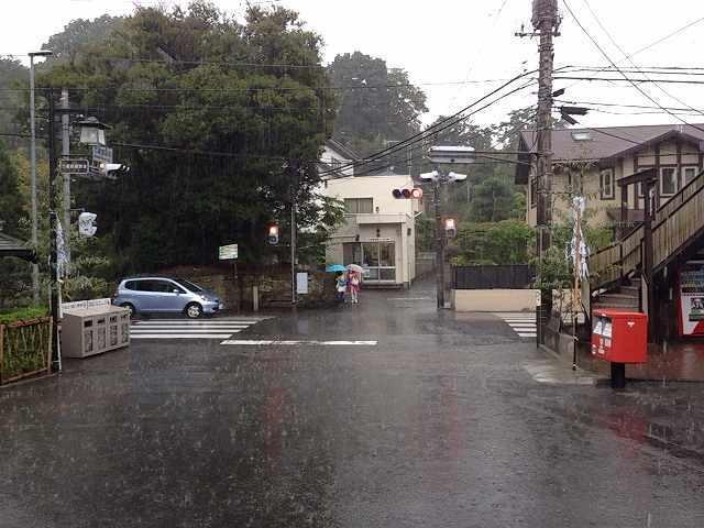 滝のような豪雨.jpg