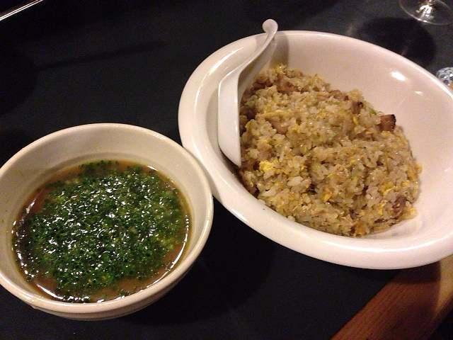 炒飯とスープ.jpg