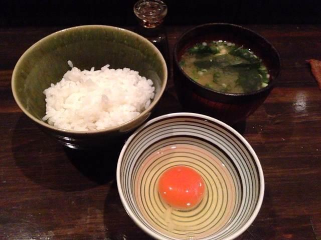 玉子ご飯と味噌汁.jpg