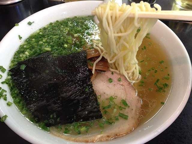 白い麺.jpg