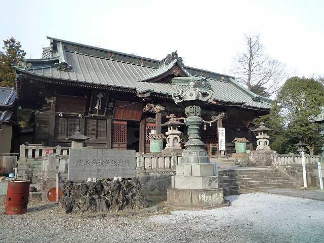 社殿1.jpg
