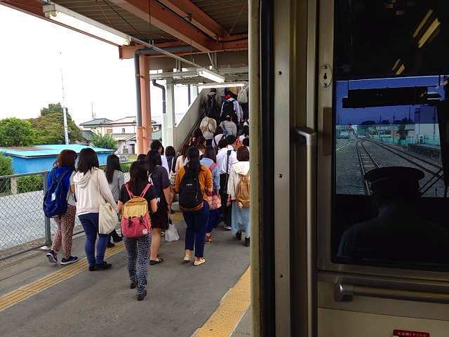 群馬藤岡駅2.jpg