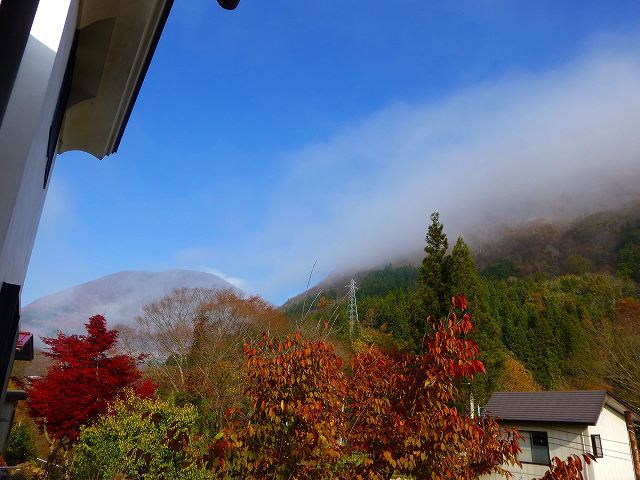 霧が晴れてきた1.jpg