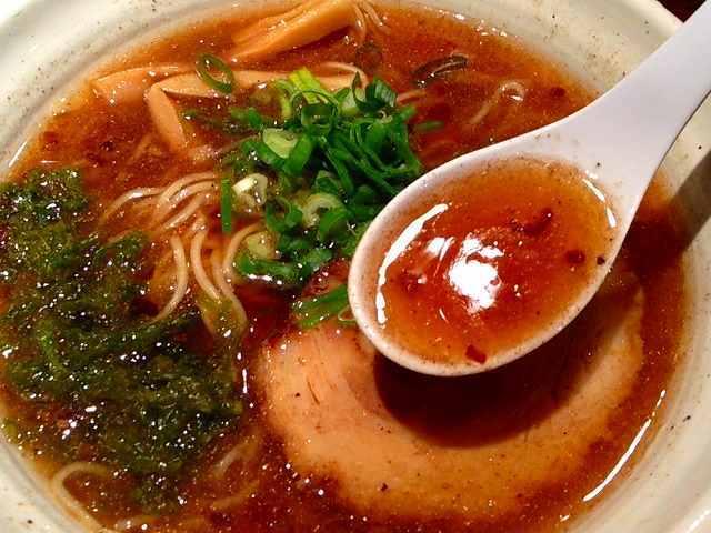 魚介醤油スープ.jpg